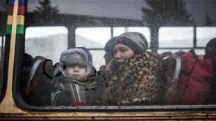 100.000-re tornásznák fel katonáik számát az ukrán szeparatisták