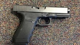Tragédia Új-Mexikóban: 3 éves fiú lőtte meg a szüleit