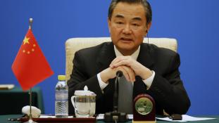 Kína hajlandó közvetíteni a tálibok és az afgán kormány között