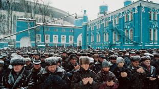 Mobil mecsetekkel támogatnák a moszkvai muszlimokat