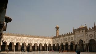 Keresztre feszíttetné az ISIS terroristáit az Al-Azhar