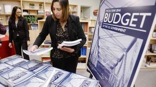 Itt a következő év költségvetési tervezete