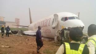 Leszálláskor összetört egy etióp repülőgép