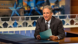 Távozik a Daily Show népszerű műsorvezetője
