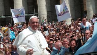 Ferenc pápa elfogadta a Kongresszus meghívását