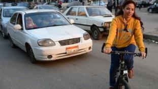 Tripla kihívás – Lányok bringán Kairóban