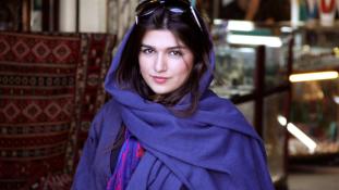 Az iráni női szépség – 100 év 1 percben