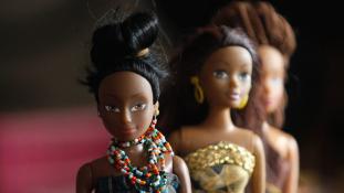 Már nem csak Nigériában hódít az afrikai Barbie