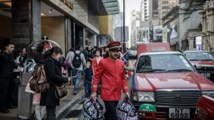 A hongkongiaknak elegük van a bevásárló turizmusból