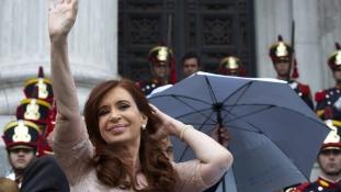 Holtában is támadják az argentin ügyészt
