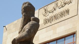 Válasz Moszulra: 12 év után újranyitották a kifosztott bagdadi múzeumot