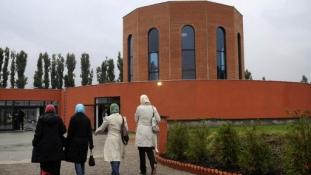 Az új Iszlám Törvény Ausztriában: Nincs több szélsőséges prédikáció és külföldi támogatás