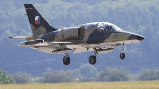 Irak cseh gyártmányú harci gépeket vesz