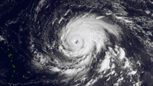 Nyolc átlag feletti hurrikánra számíthatunk az idén