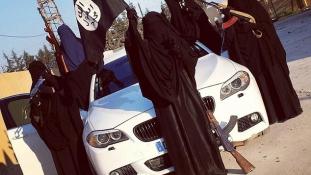 Ausztrálok vérére szomjazik az ausztrál dzsihádharcos nő