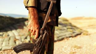 Kölyökképű ausztrál srác indult útnak, hogy az ISIS oldalán harcoljon