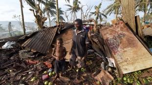 Vanuatu ciklon: Elérik e a mentőcsapatok a szigeteket?