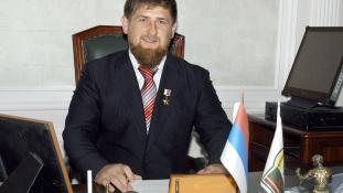 Putyin kitüntette Csecsenföld urát