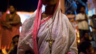 Hindu radikálisokat tartóztattak le, mert megrongáltak egy keresztény templomot