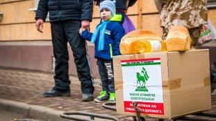 Bizonytalanságban a kárpátaljai magyarok – Interjú a Magyar Református Szeretetszolgálat ügyvezetőjével