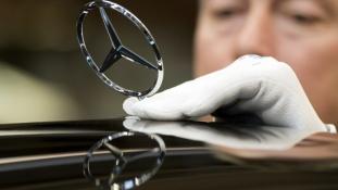 Az éber kínai versenyhivatal lecsapott a Mercedesre