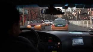 Tucatjával kíséreltek meg öngyilkosságot taxisok