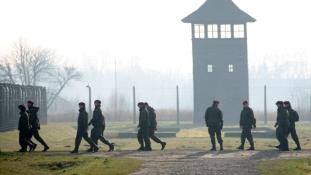 Őrtornyokkal védenék a határt az oroszok ellen