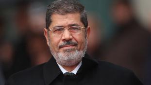 20 év börtön Morszi ex elnöknek Egyiptomban