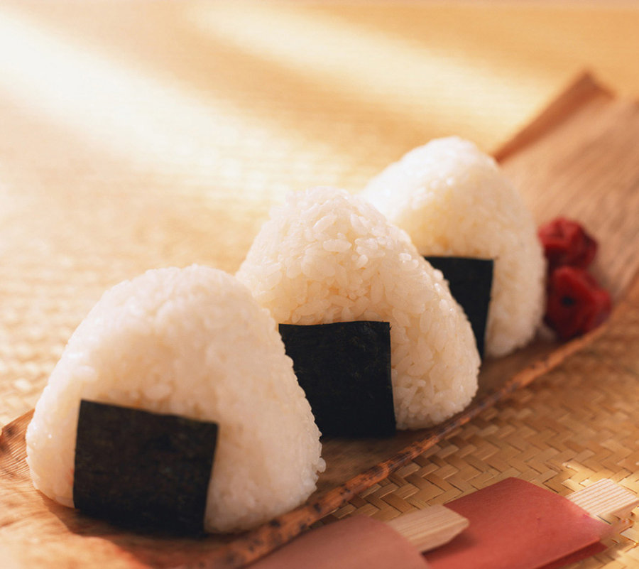 Onigiri - az egyik legkedveltebb japán rizsétel.