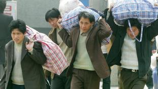 Extrém kemény a kínaiak munkája
