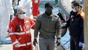 12 keresztényt dobtak a tengerbe, mind megfulladt