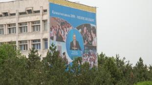 Exit-poll: meglepetések nélkül, 97,5%-os Nazarbajev győzelme