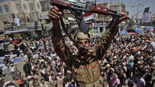 Nem csak bombázókat, segélyt is küld Jemenbe Szaúd-Arábia