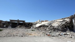 Macskapiac és szemétlerakó lett Kadhafi palotáiból