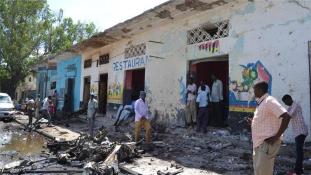 Robbantásos merénylet egy étterem ellen Mogadishuban