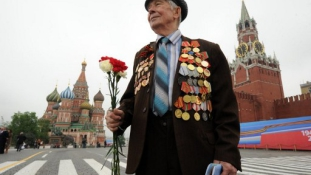 Nem garasoskodik Moszkva: 7 milliárdot költ a Győzelem napi ünnepségre