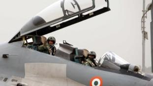 Kevés pilóta, sok gép – az Indiai Légierő legnagyobb problémája