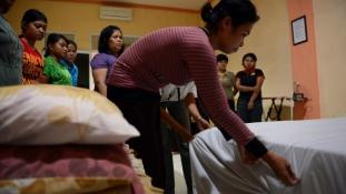 Indonézia szobalány (rabszolga) stopot rendelt el