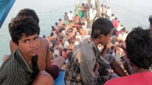 Akik befogadják a tengeren hányódó menekülteket – legalábbis átmenetileg