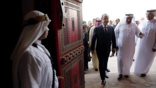 Franciaország keleti nyitása- 10 milliárdos tétek Szaúd-Arábiában