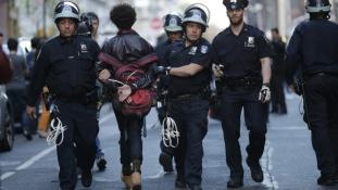 New York-ot is elérte a baltimore-i tüntetéshullám