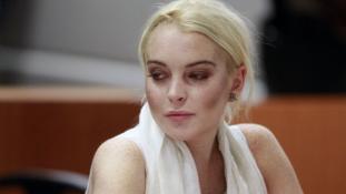Lindsay Lohan felveszi az iszlámot?
