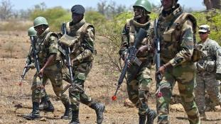 Szenegál 2100 katonát küld Szaúd-Arábiába