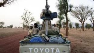 Tűz alatt egy fontos város Észak-Maliban
