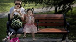 Boldogabbak a lányos családok