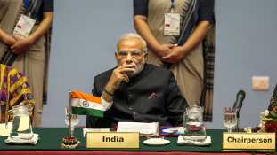 Hello China! – köszönt a Twitteren az indiai kormányfő