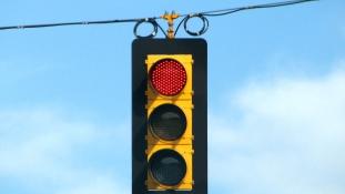 Édes bosszú – sokmilliós közlekedési bírság a hűtlen férjnek