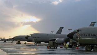 Oroszország lezárta a légterét a NATO előtt