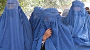 A női jogok élharcosai lettek a tálibok