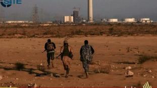 """Kadhafi szülővárosa már teljesen a """"kalifátus"""" kezén van"""